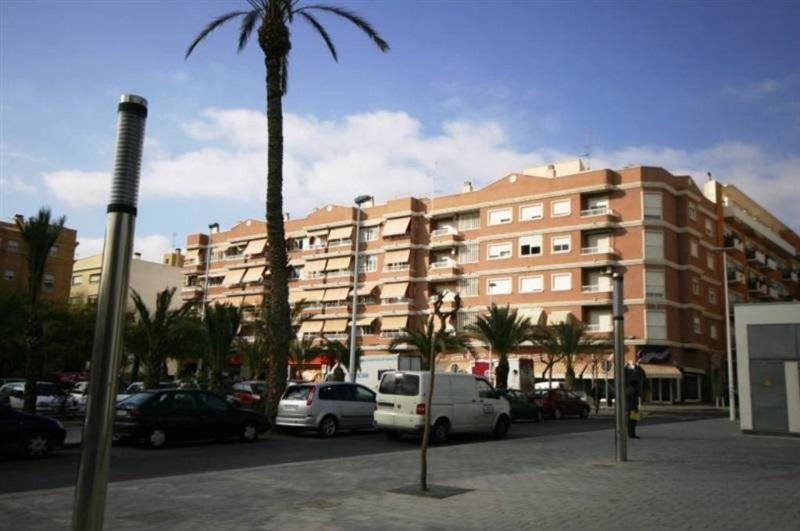 Alquiler plaza de garaje zona plaza madrid norte elche for Plaza de garaje madrid